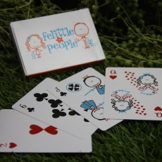fp-playing-cards-in-grass
